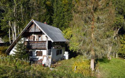 Mountain cottage renovation in Gorjuše